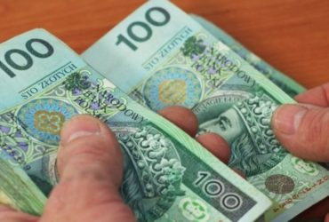 Na czym polega zwrot prowizji bankowej?